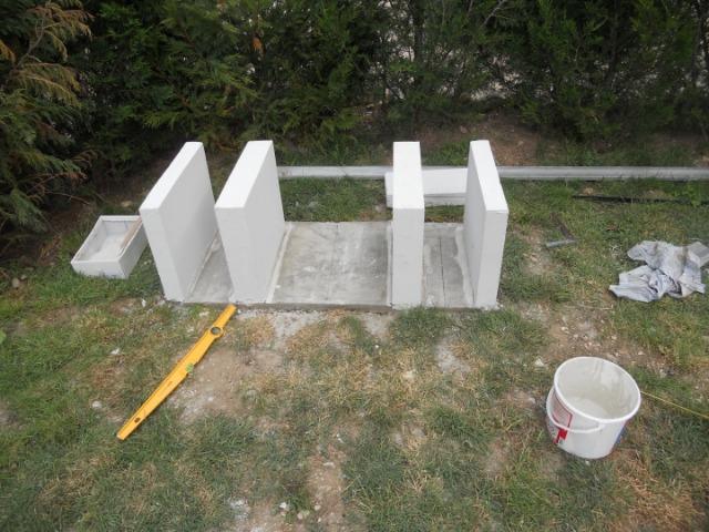 construire barbecue en beton cellulaire cuisine d ete en. Black Bedroom Furniture Sets. Home Design Ideas