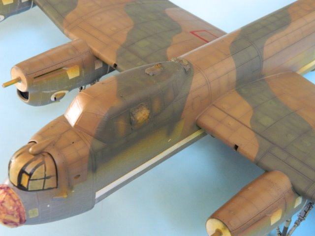 AVRO LANCASTER  Mk.III. Tamiya 1/48° - Page 10 085tgr