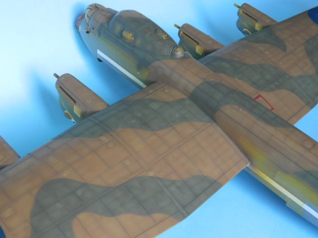 AVRO LANCASTER  Mk.III. Tamiya 1/48° - Page 10 08e06g