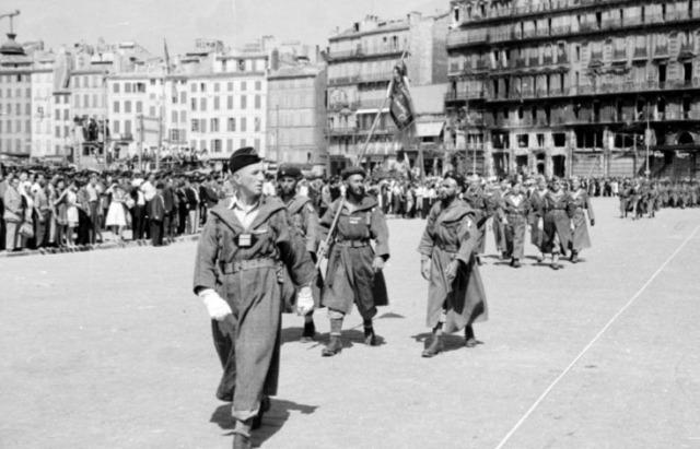 [CDA] Nicolus - Français de l'armée de Lattre  11atyf