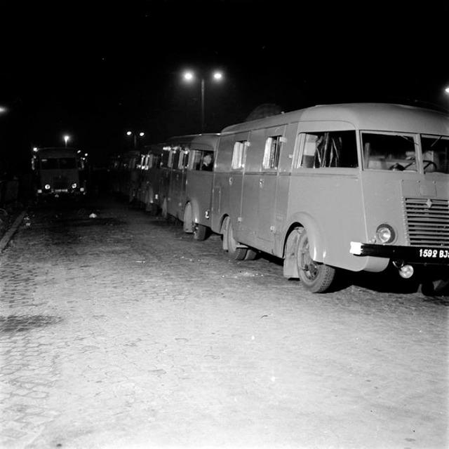 N°16- Berliet GLB R 19 Aérazur Car de commandement C.R.S 19gdyy